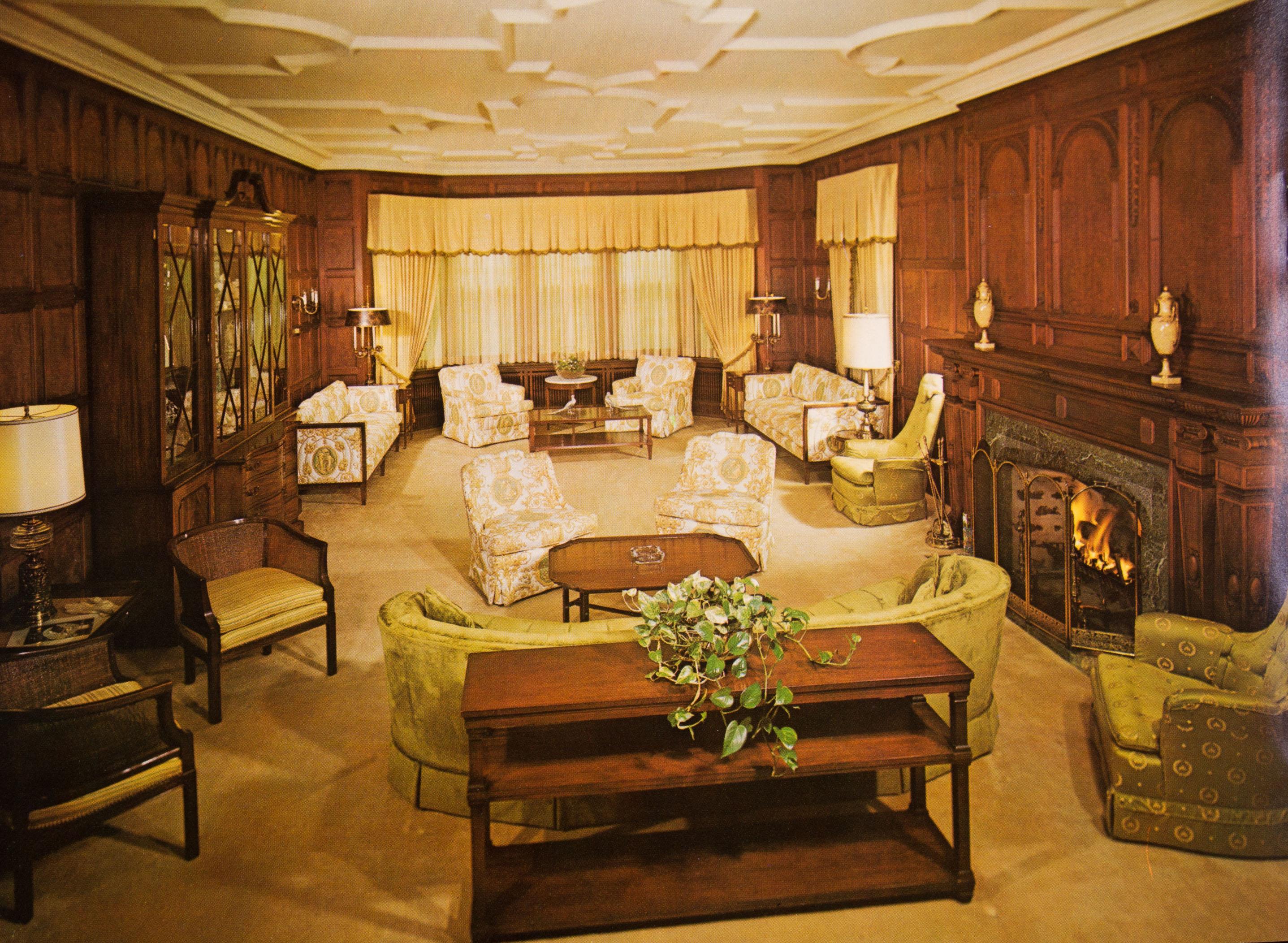 Living Room / Minnesota Governor\'s Residence