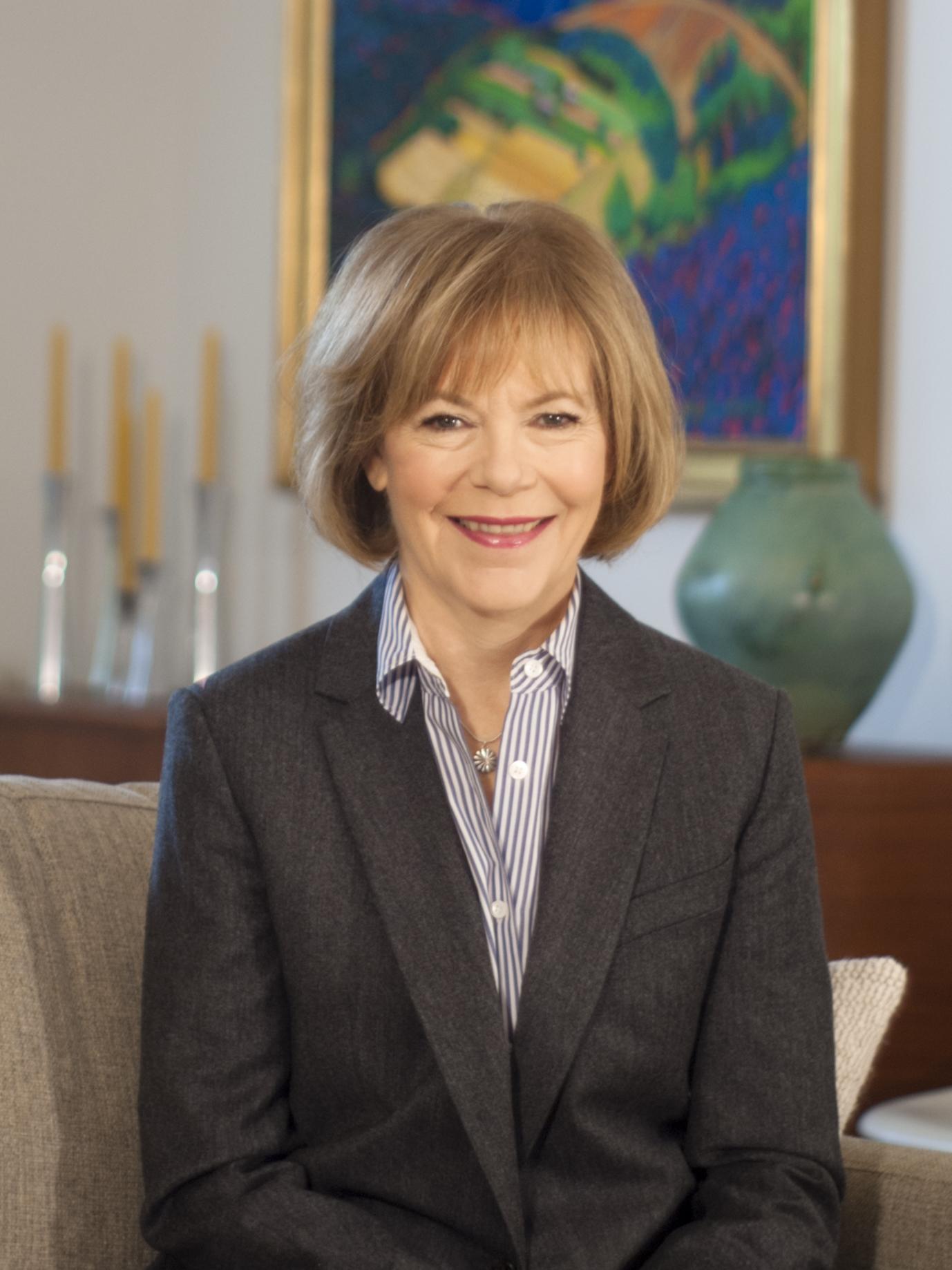 Tina Smith Profile Picture
